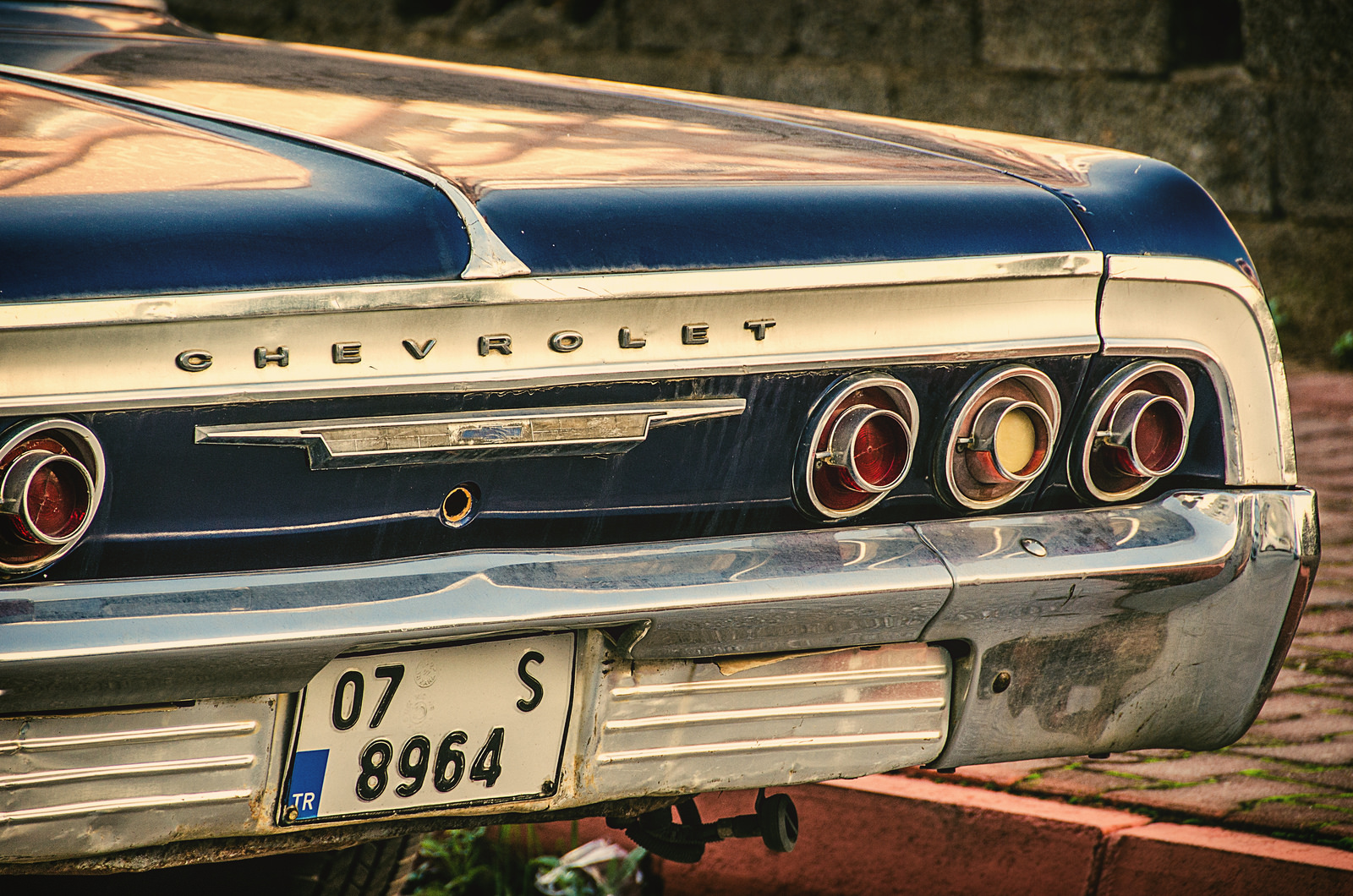 A photo of a classic Chevrolet in Antalya.